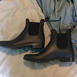 perfect condition black fashion boot